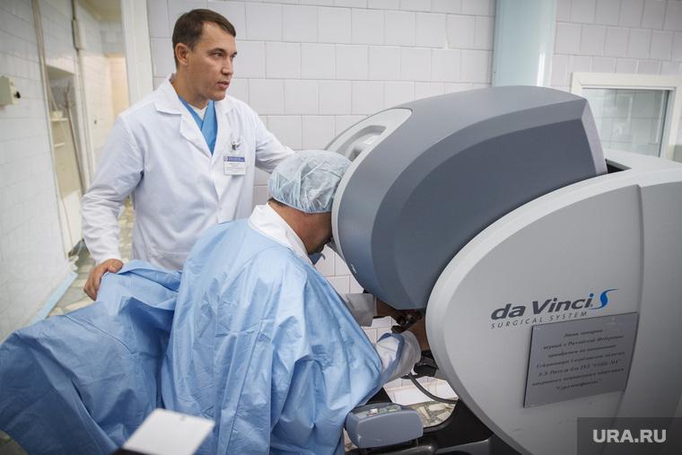 Основная ссылка на интеграция роботической хирургии в урологию
