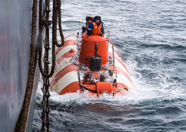 аварийным подводным лодкам