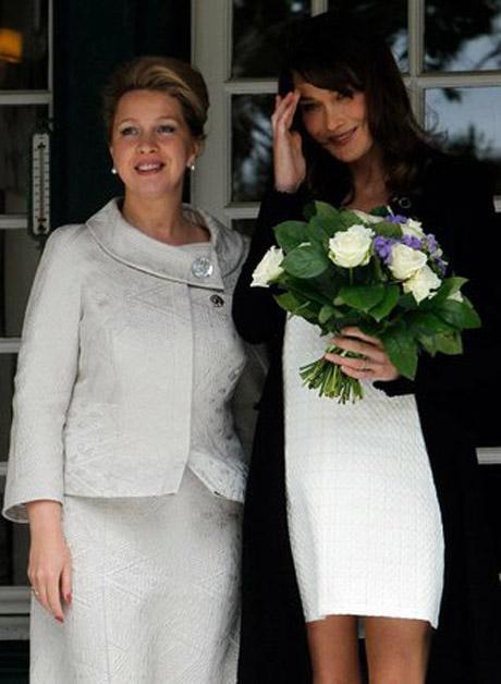 Светлана медведева платья