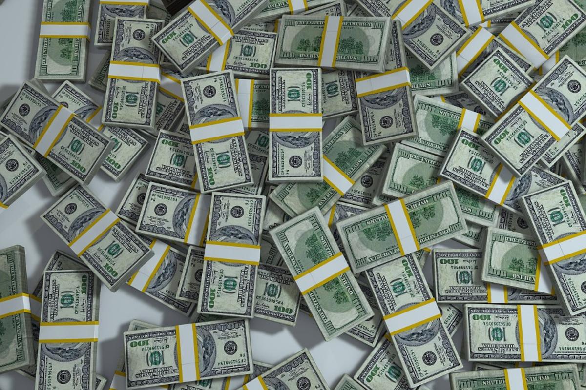 Займ вирус деньги