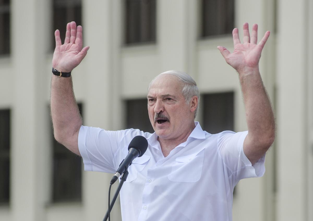 Лукашенко ответил на ультиматум Тихановской