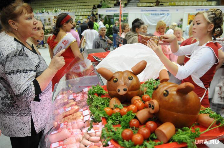 Продукты. Санкции. Сельское хозяйство. Челябинск., покупатель, колбаса, продавец, помидоры, изобилие