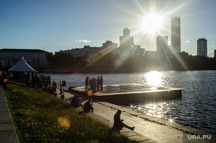URAL MUSIC NIGHT. Екатеринбург, закат, вечер, городской пруд, екатеринбург, плотинка
