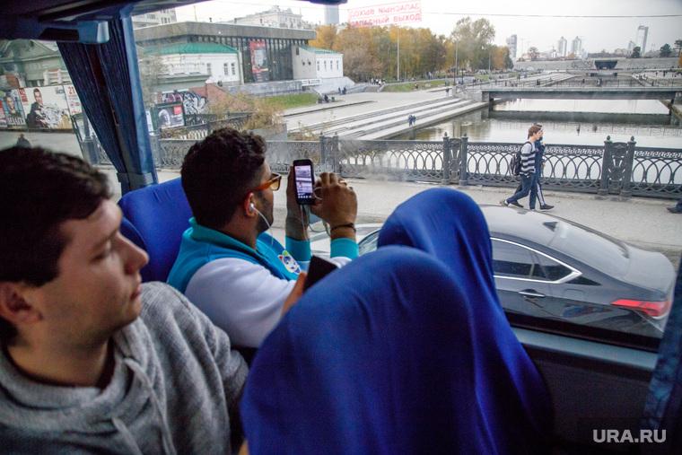 Экскурсии для участников региональной программы XIX Всемирного фестиваля молодежи и студентов. Екатеринбург, исторический сквер, исеть, екатеринбург, автобусная экскурсия