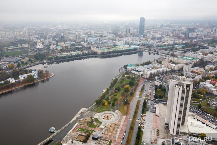 """Екатеринбург с башни """"Исеть"""", городской пруд, екатеринбург"""