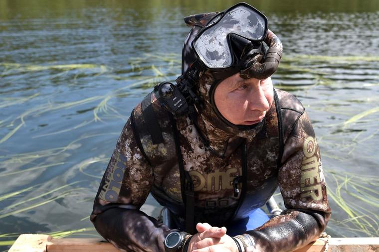 Отпуск Владимира Путина в Тыве, путин владимир, отпуск, река, рыбалка