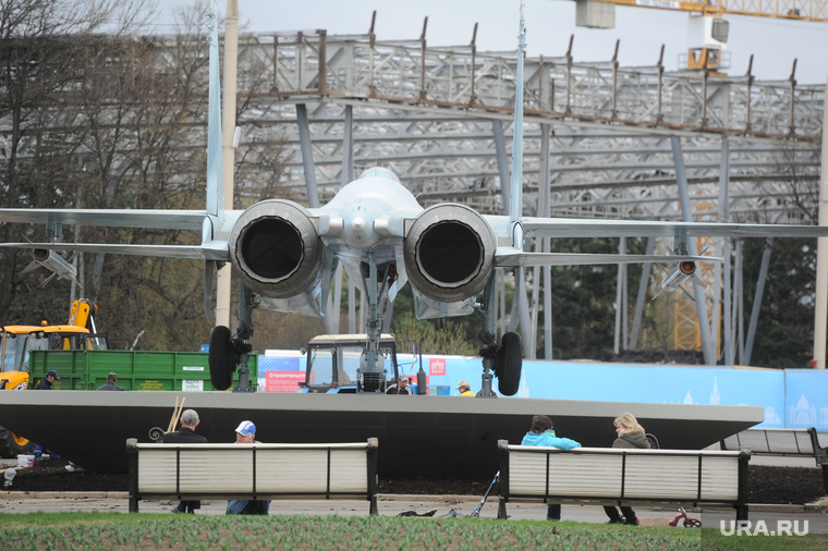 Военная техника на ВДНХ. Москва, су27, су-27