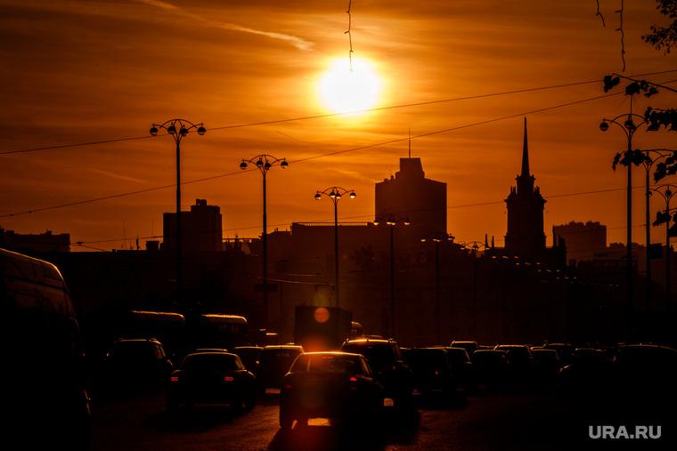 Виды Екатеринбурга, дорожное движение, екатеринбург, закат, солнце, вечер