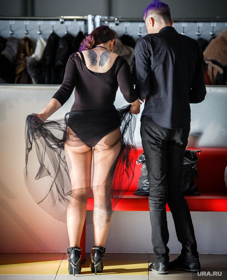 Стильные люди на чемпионате по парикмахерскому искусству. Екатеринбург, дресс-код