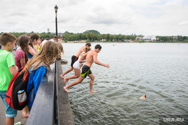 Клипарт, разное. Донецк, купание, лето, жара, отдых горожан