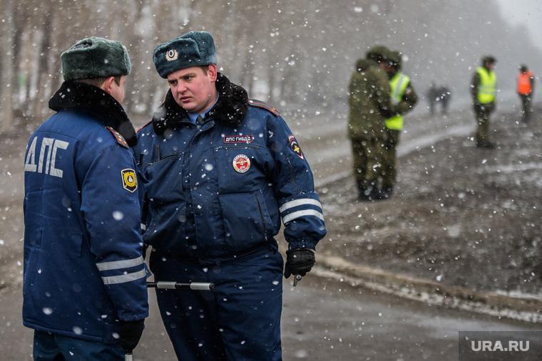Первая официальная репетиция парада на улице Новосибирская 2-ая. Екатеринбург, полиция, оцепление, дпс