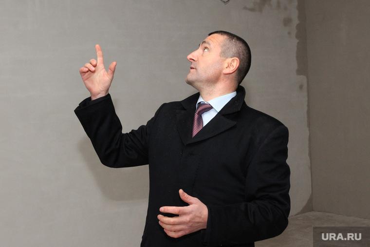 Богоявленский храм. Ильтяков Александр осматривает стройкуКурган, ильтяков александр