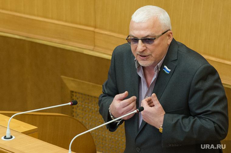 Заседание Заксобрания Свердловской области 1 марта 2016 года, новокрещенов александр