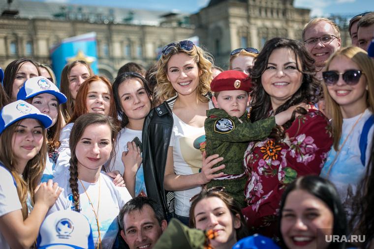 Парад Победы на Красной площади. Москва, кожевникова мария, николаева елена, 9 мая, парад победы, красная площадь