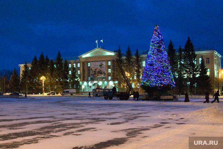 Елка на центральной площадиКурган, елка, новый год, огни на елке