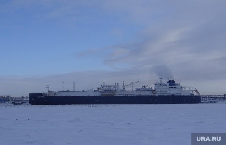 Комиссия ЦИК в Сабетте, танкер