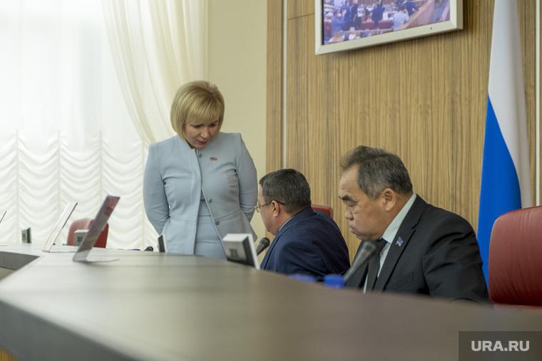 Заседание законодательного собрания ЯНАО. Салехард, зленко елена, харючи сергей, ямкин сергей, депутаты