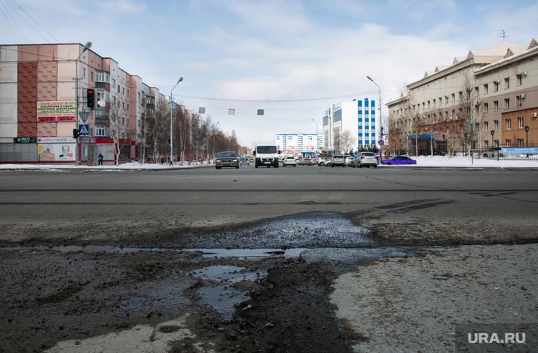 Дороги города через год после замены полотна. Сургут, дорога, сургут, ямы на дороге, улица геологическая