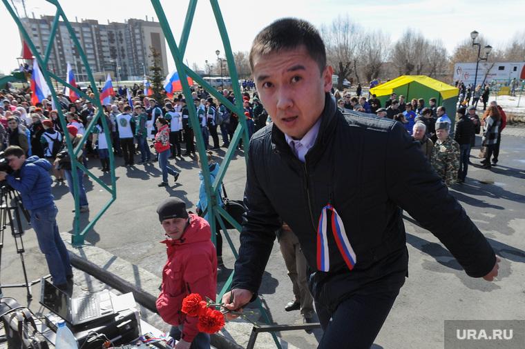 Акция в поддержку пострадавших и памяти погибших во время теракта в Санкт Петербурге.Челябинск, утарбеков дамир