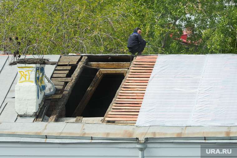 Капитальный ремонт крыши жилого здания. ЖКХ. Челябинск, жкх, капремонт, жилищный фонд