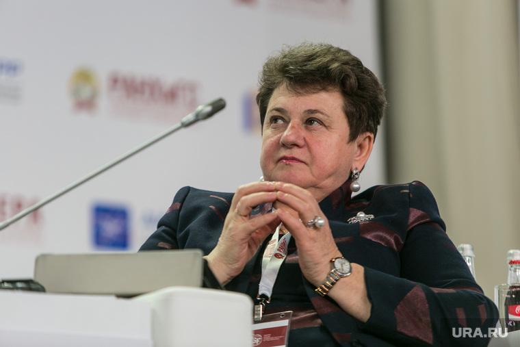 VIII Гайдаровский форум, день первый. Москва, орлова светлана