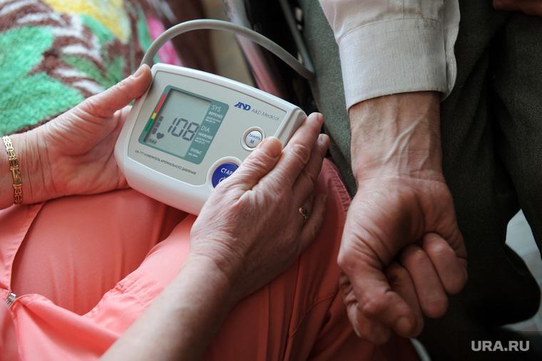 """В ГАУ """"Уктусский пансионат"""" появилась система палатной сигнализации. Екатеринбург, давление, медосмотр, медицинская помощь, измерение артериального давления, смена погоды"""