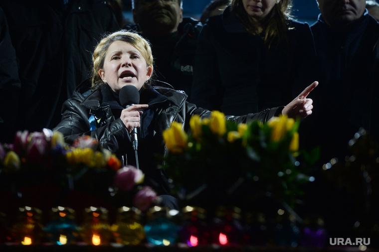Юлия Тимошенко на Майдане. Киев. Украина, тимошенко юлия, жест рукой