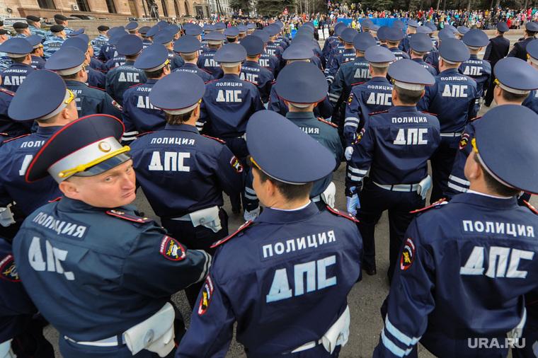 Генеральная репетиция парада Победы на Площади революции. Челябинск, силовики, полиция, дпс
