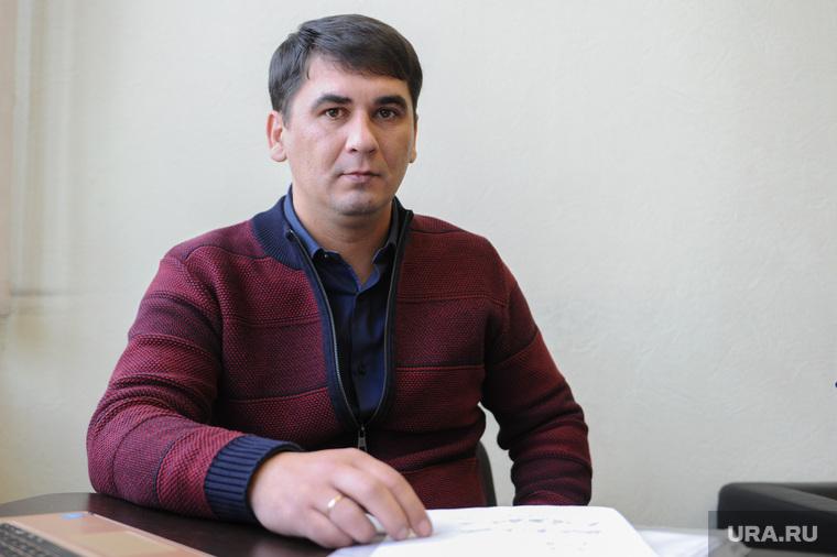 Адвокат Константин Акулич и Линар Фархутдинов. Челябинск, акулич константин