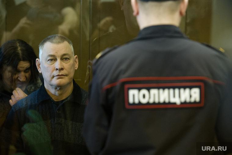Экс-мэр Миасса Виктор Ардабьевский на предварительном слушании в Мосгорсуде. Москва, ардабьевский виктор, полиция