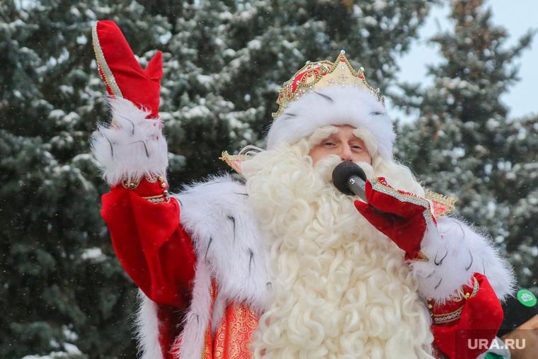 Всероссийский дед мороз на площади города. Тюмень