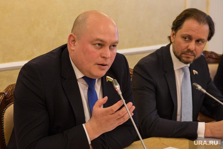 Пресс-конференция Владимира Сысоева , депутата государственной думы. Тюмень, сысоев владимир, зайцев артем