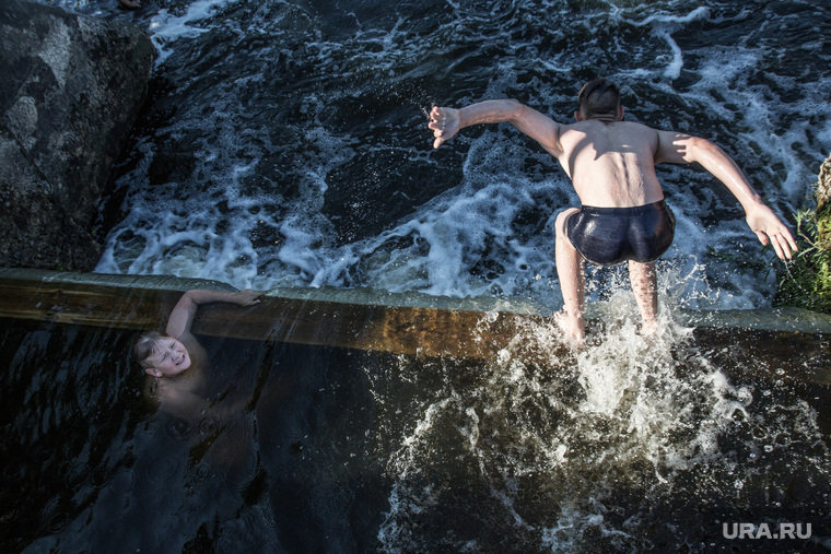 Богдановичи, прыжок в воду, купание в реке, река, вода