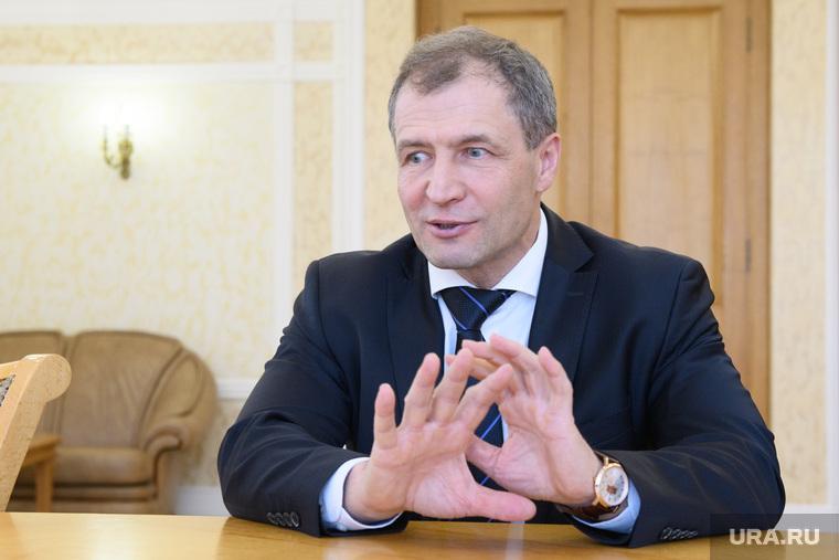 Интервью с Игорем Володиным. Екатеринбург, володин игорь, жест руками
