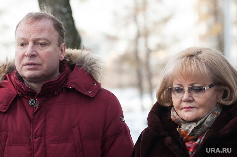 Возложение цветов в память погибшим журналистам. Екатеринбург, шептий виктор, бабушкина людмила