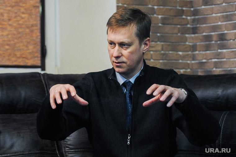 Заседание Сигарного клуба на тему: «Какие изменения нужно внести в облик города накануне саммитов ШОС И БРИКС?» Челябинск
