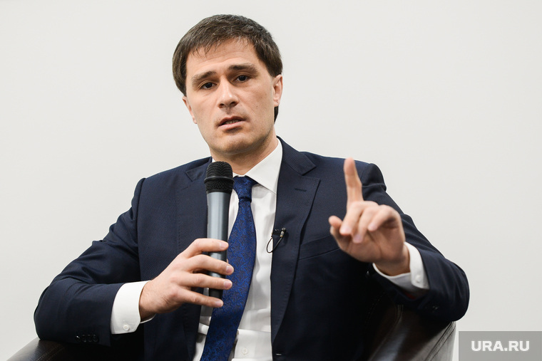 Пресс-конференция Руслана Гаттарова, посвященная подготовке к проведению саммитов ШОС и БРИКС. Челябинск