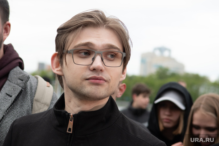 Пятый день протестов против строительства храма Св. Екатерины в сквере у театра драмы. Екатеринбург