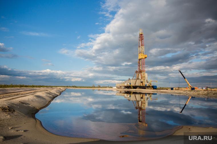 Нефтяная буровая. Ноябрьск