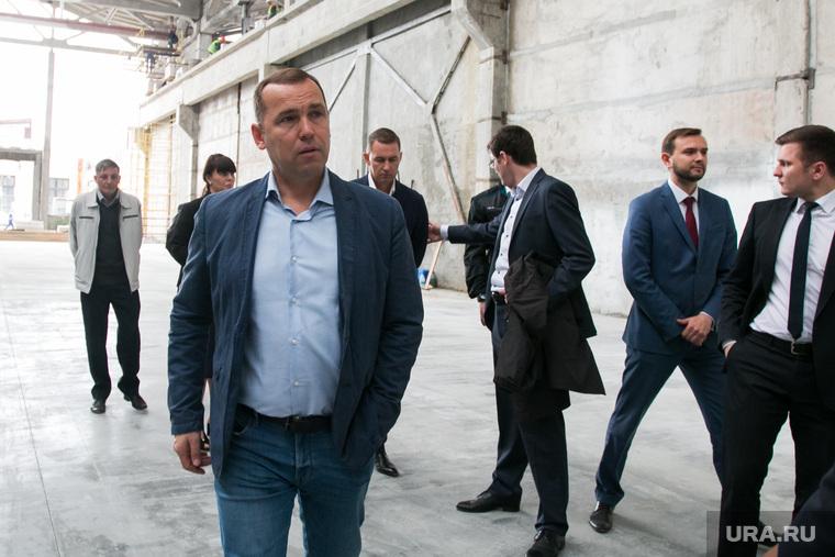 Врио губернатора Курганской области Вадим Шумков посетил строящийся объект в Курганском Индустриальном парке. Курган