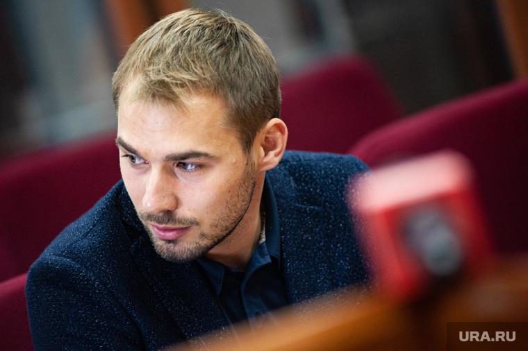 Рассмотрение административного иска об отмене регистрации кандидата в депутаты Государственной Думы Антона Шипулина. Екатеринбург