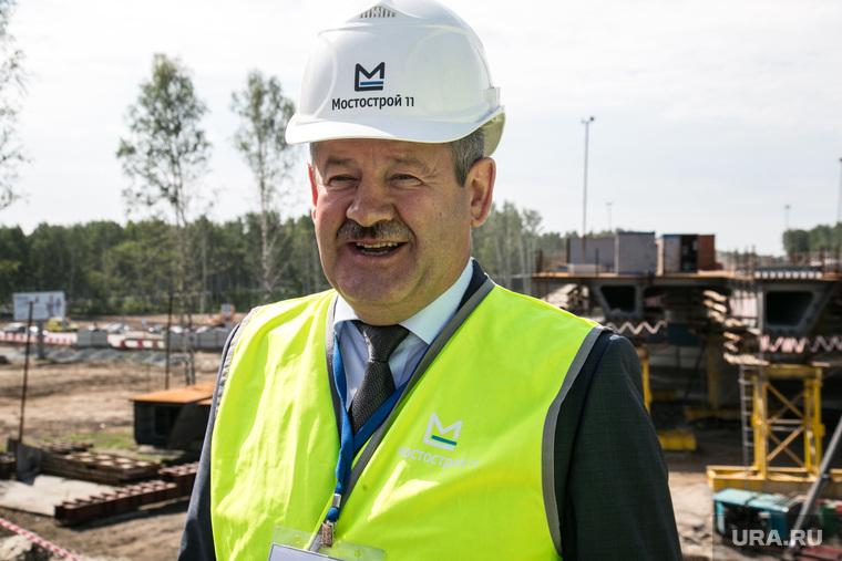 Визит Николая Цуканова , полномочного представителя президента на ЖД вокзал , строительство кольцевой автодороги и НПЗ. Тюмень