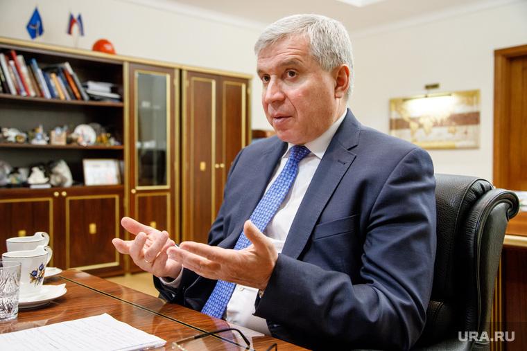 Встреча с Александром Мажаровым в здании правительства ЯНАО. Салехард