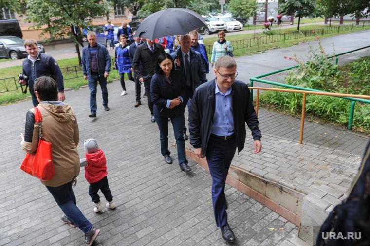 Поездка Алексея Текслера в Советский район. Челябинск