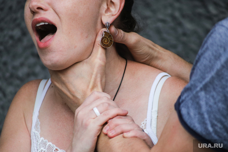 Закон о домашнем насилии
