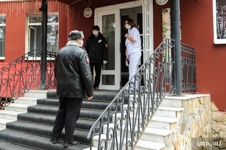 Проверка соблюдения карантина в курортных местах на озере Увильды в Аргаяшском районе. Челябинская область