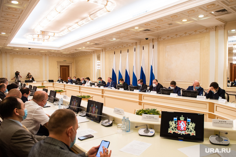 Рабочее совещание при участии министра здравоохранения РФ Михаила Мурашко в резиденции губернатора Свердловской области. Екатеринбург