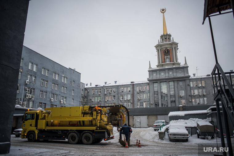 Уборка снега объезд Екатеринбурга