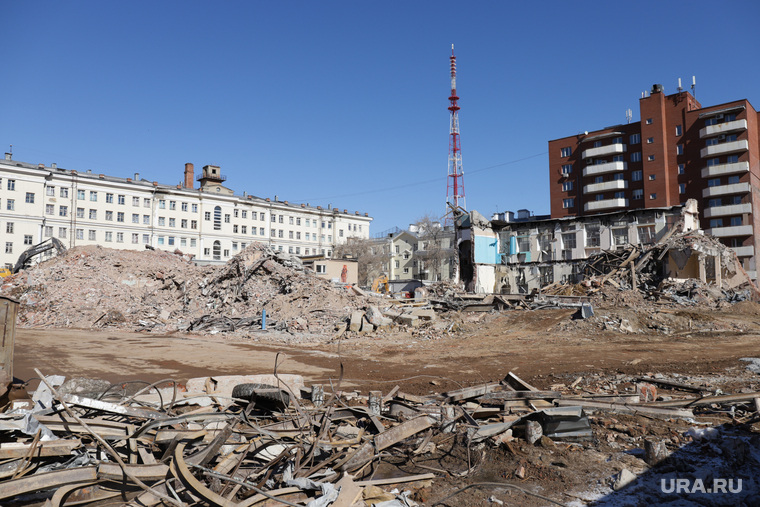 Снос здания ПРОМЭКТ.  Екатеринбург