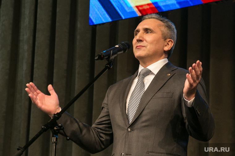 Александр Моор на праздновании 95-летия Тюменского района. Тюмень